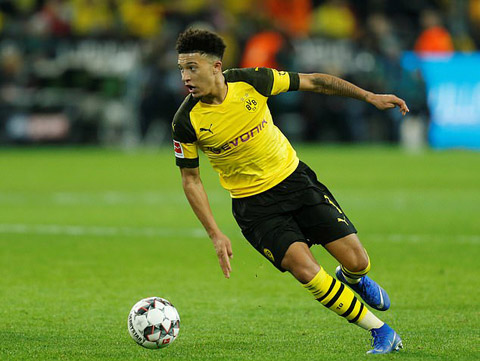 Sancho được khuyên nên ở lại Dortmund