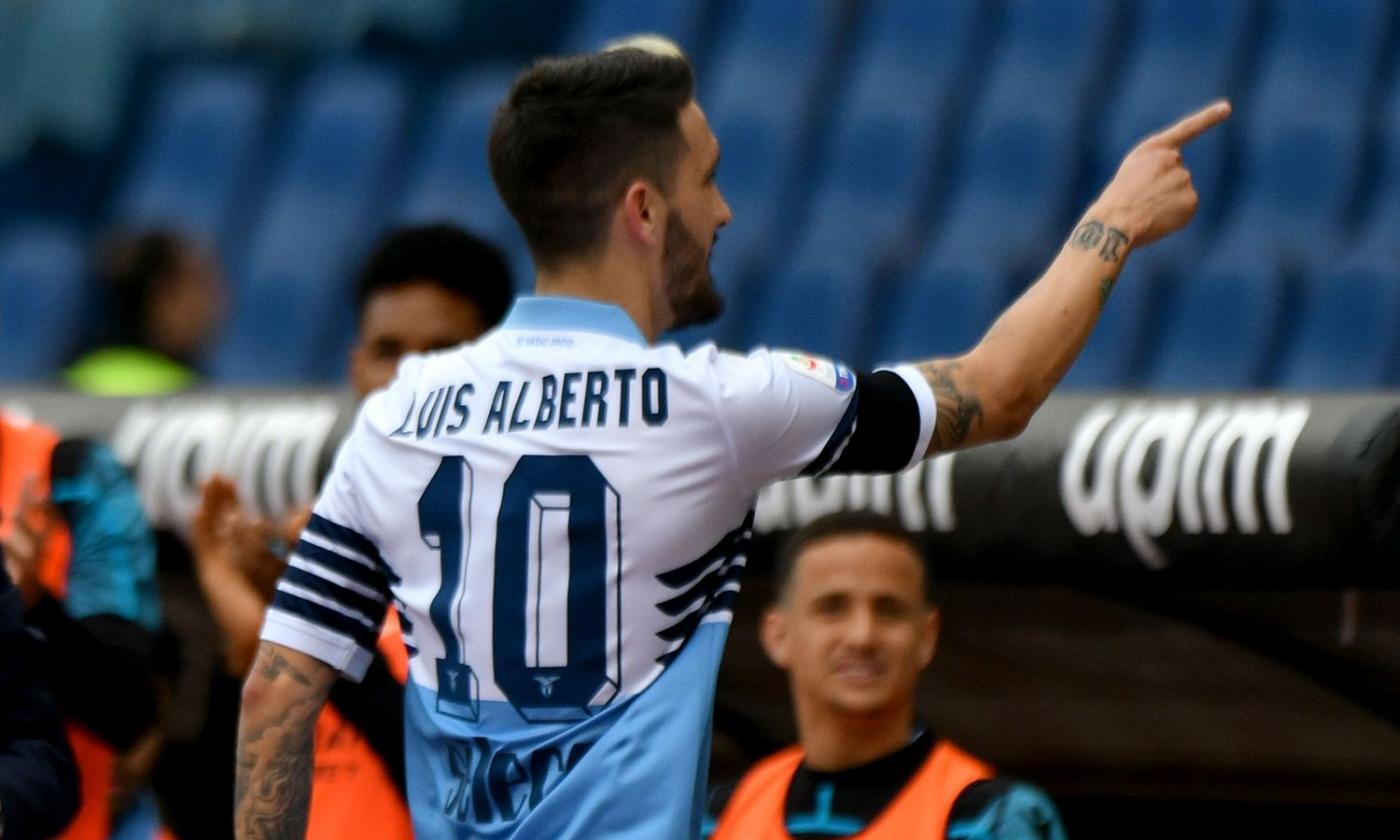 Ông sử dụng những cầu thủ gần như vô danh như Alberto, người mới khoác áo ĐT TBN 1 lần