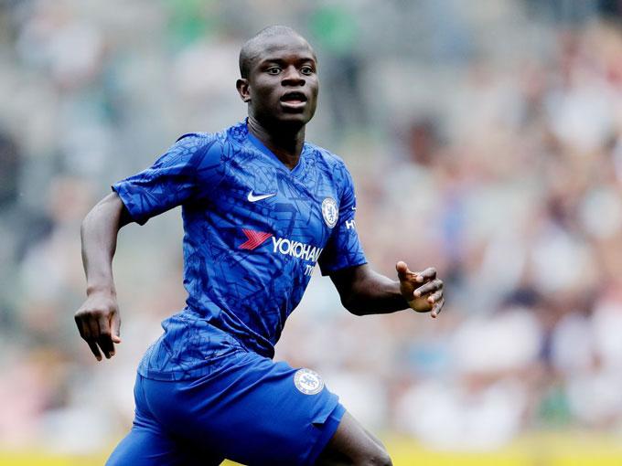 N'Golo Kanté (Chelsea): Giá hiện tại 80 triệu euro, giảm 20 triệu euro (20%)