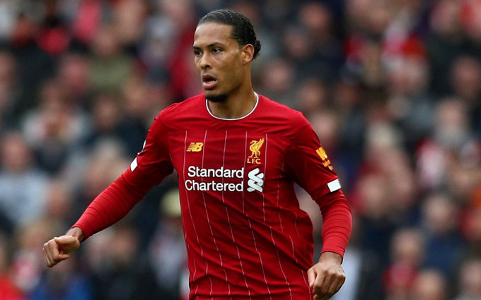 Virgil van Dijk (Liverpool): Giá hiện tại 80 triệu euro, giảm 20 triệu euro (20%)