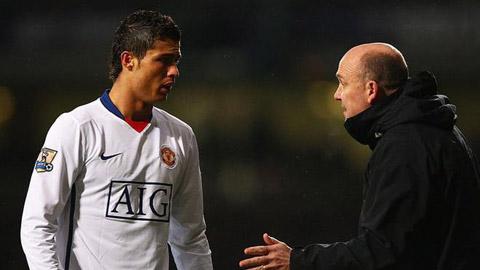 Cánh tay phải của Sir Alex tiết lộ điều làm nên Ronaldo phi thường