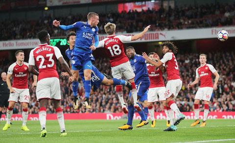Trận Arsenal vs Leicester ở vòng 30 có thể đá vào 13 hoặc 14/6 trên sân không khán giả