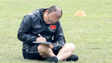 HLV Park Hang Seo thừa nhận ĐT Việt Nam thiếu tiền đạo cắm