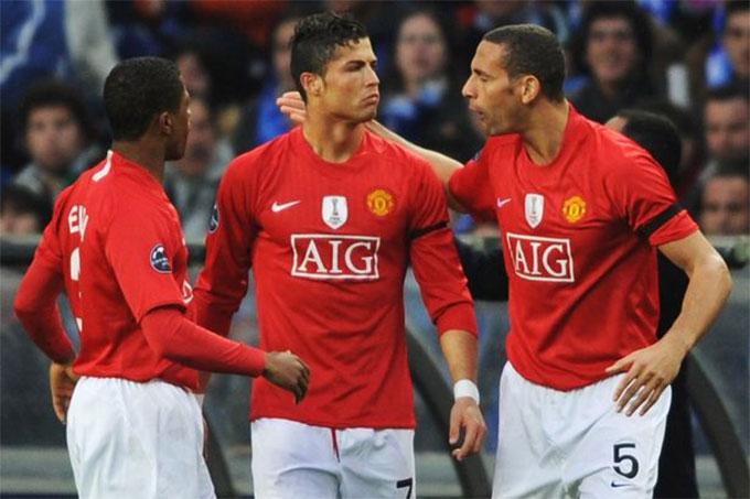 Ferdinand gắn bó với M.U lâu hơn Ronaldo