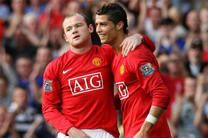 Rooney năm nay cũng 35 tuổi như Ronaldo