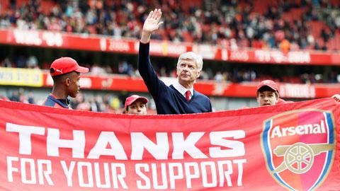 Di sản của Wenger là mớ hỗn độn ở Arsenal