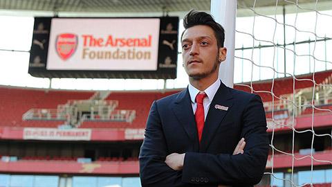 Dàn sao Arsenal nhận bao nhiêu sau khi bị trừ 12,5%  lương?