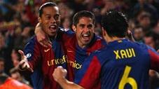 Những bậc thầy đá phạt của Barcelona