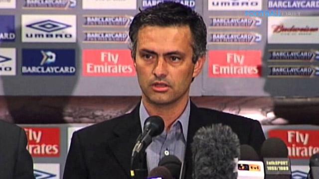 Khoảnh khắc ngạo mạn của Mourinho