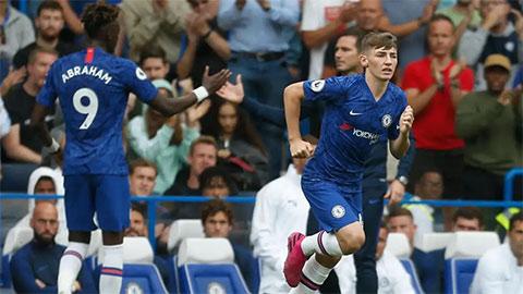 Tiền vệ 18 tuổi đang tiến bộ từng ngày dưới sự dìu dắt của HLV Lampard