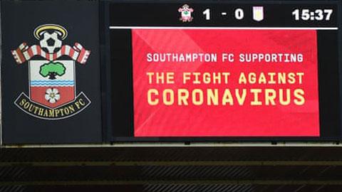 Cầu thủ Premier League sợ phải... thi đấu trở lại