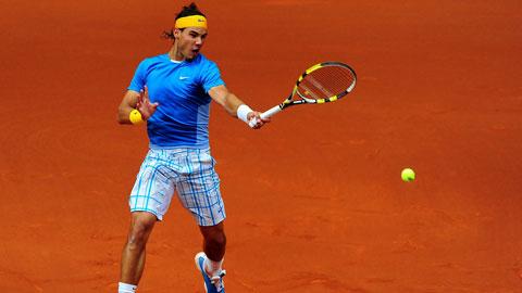 Bí ẩn đằng sau việc Rafael Nadal đánh Tennis bằng tay trái