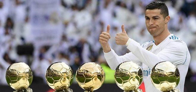Với 5 QBV khác, Ronaldo đã biến thập niên 2010 thành của riêng mình và Messi