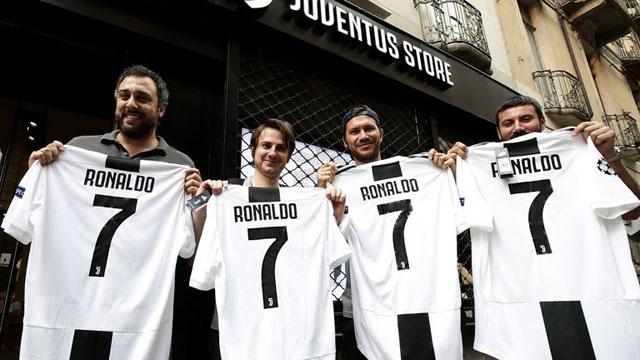 CĐV Juventus phấn khích với sự xuất hiện của Ronaldo