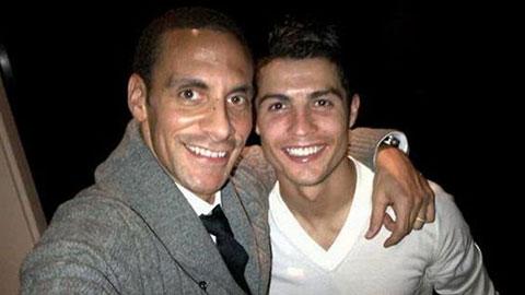 Rio Ferdinand gọi Ronaldo là vị thánh sống của bóng đá