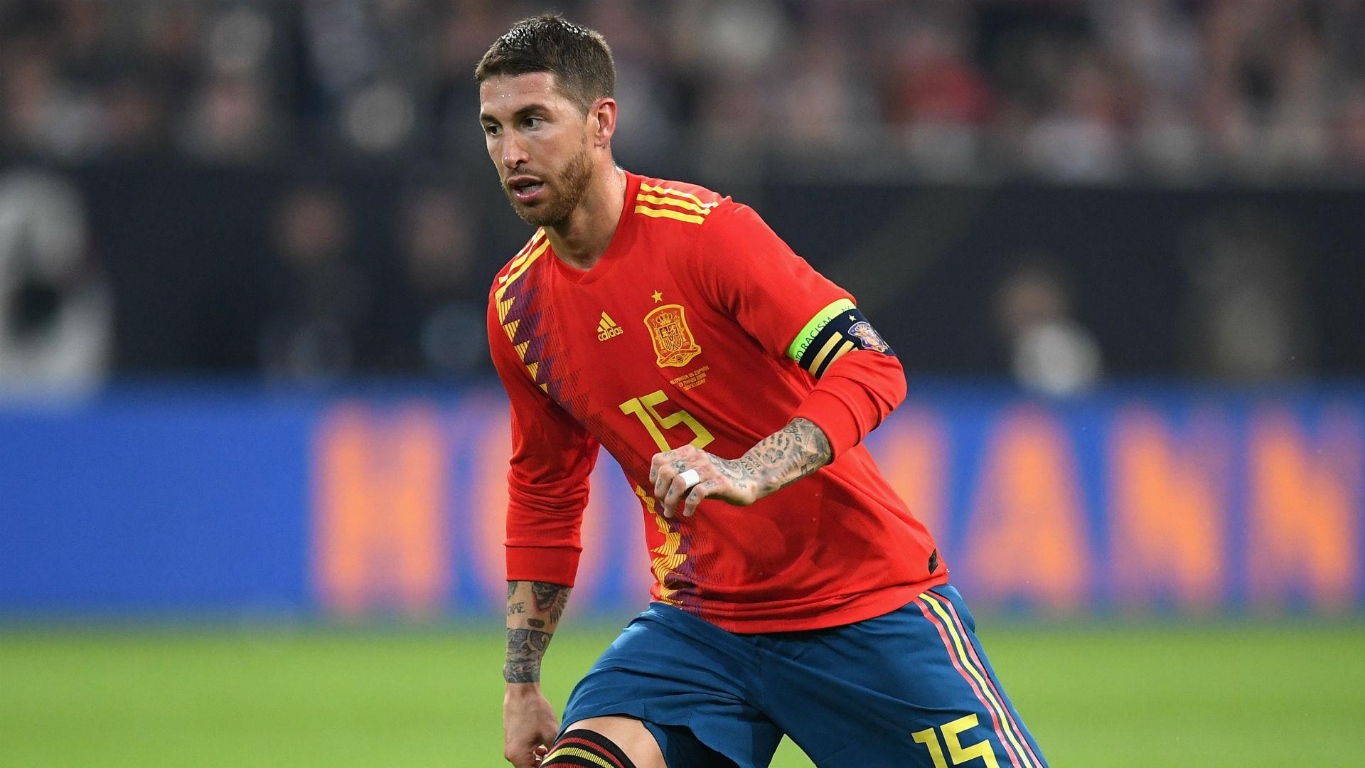 Ramos chỉ là một trung vệ đơn thuần ở ĐT Tây Ban Nha tại các giải đấu lớn