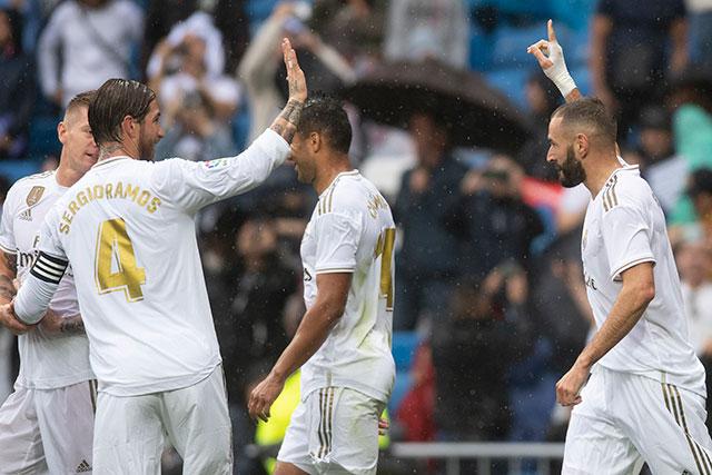 Ramos chỉ mặc áo số 4 ở Real