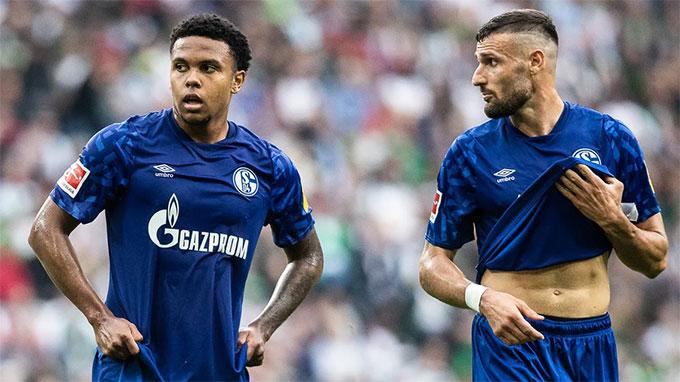 Schalke đang đứng thứ 6 trên BXH