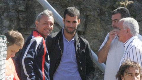 Stoichkov xem thường chiến tích của Guardiola tại Barca
