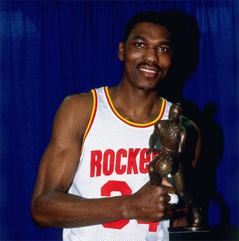 Hakeem Olajuwon đã làm  rạng danh châu Phi khi trở thành huyền thoại tại NBA