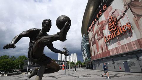 Arsenal, Chelsea, Tottenham không muốn đá ở sân trung lập