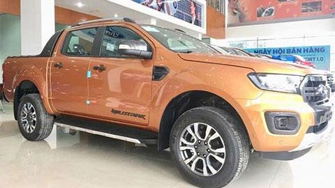 Ford Ranger giảm giá mạnh trong tháng 5, đè Mitsubishi Triton, Mazda BT-50