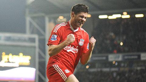 Xabi Alonso, tiền vệ hay nhất trên sân cỏ Anh?