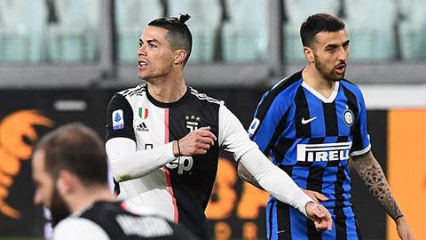 Serie A đứng trước nguy cơ kết thúc theo Ligue 1