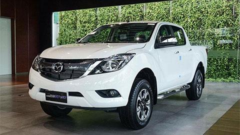 Mazda BT-50 giảm giá siêu hấp dẫn, đe nẹt Ford Ranger, Mitsubishi Triton