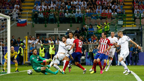 Trọng tài nhận sai khi công nhận bàn thắng của Ramos ở Champions League 2016