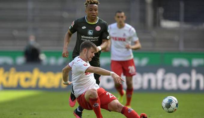 Cologne (áo trắng) đã bị Mainz cầm hòa dù dẫn trước tới 2-0
