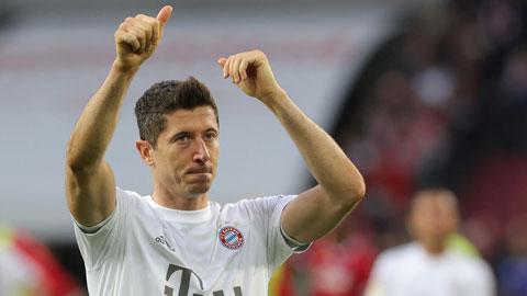 Lewandowski ghi bàn không kém Messi và Ronaldo