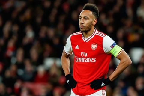 Arsenal đánh mất lợi thế trong việc giữ chân Aubameyang