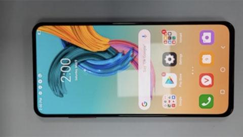 Vsmart sắp ra mắt smartphone có camera ẩn dưới màn hình, chip Snap 768G, giá hấp dẫn