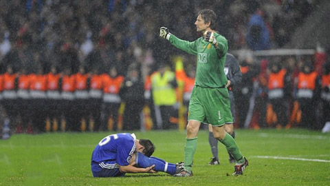Tròn 12 năm chung kết Champions League 2007/08: Giọt nước mắt Terry tưới vinh quang M.U