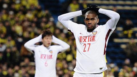 Modeste kiện đội bóng cũ Thiên Tân vì nợ lương