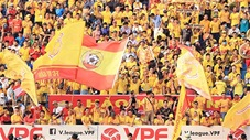 Biển người trận Nam Định - HAGL khiến bóng đá thế giới phát thèm