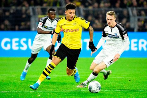 Sancho (giữa) trở lại, hàng công Dortmund sẽ như hổ mọc thêm cánh