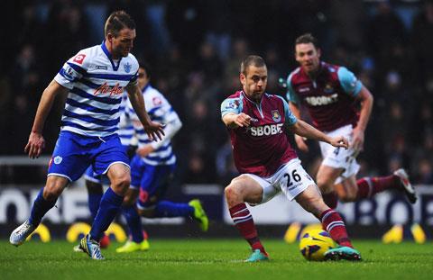 Trưởng  thành từ lò đào tạo West Ham, nhưng Cole chỉ thành danh cùng Chelsea trong 2 mùa giải 2004/05 và 2005/06