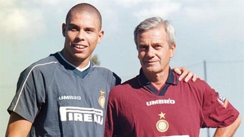Ronaldo gửi thông điệp xúc động tới thầy cũ mới qua đời