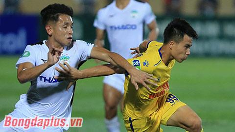 Thua DNH Nam Định, thuyền trưởng HAGL đổ lỗi do mặt sân xấu