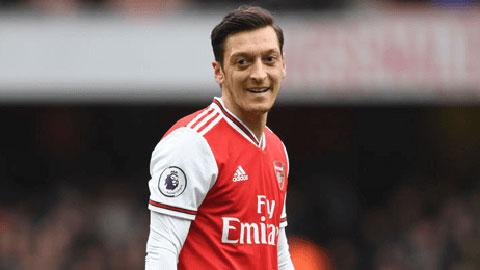 Oezil có thể ngẩng cao đầu khi rời Arsenal