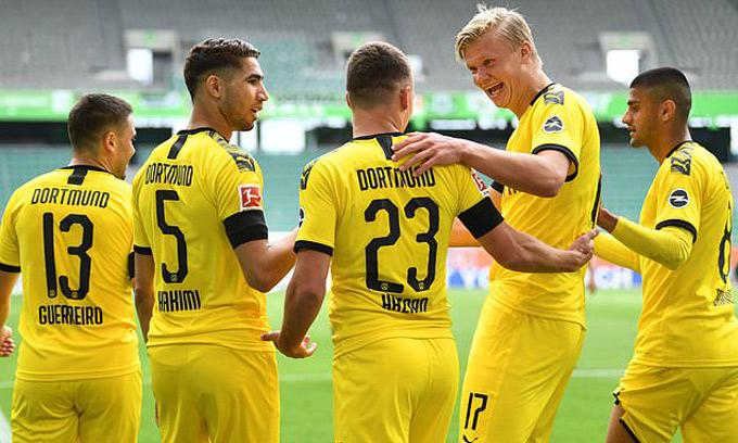 Dortmund nỗ lực đeo bám Bayern ở cuộc đua vô địch