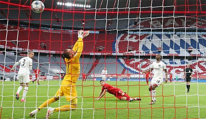 Bayern nã vào lưới đối phương tới 5 bàn
