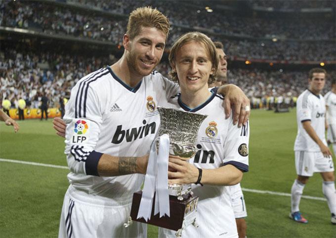 Modric giành danh hiệu ngay ở trận ra mắt Real