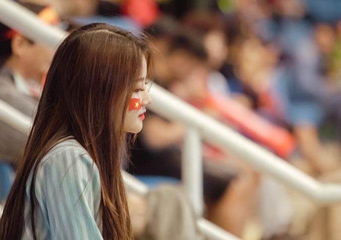 Bức ảnh đủ khiến mọi fan nam phải ngất ngây trước vẻ đẹp của fan nữ này