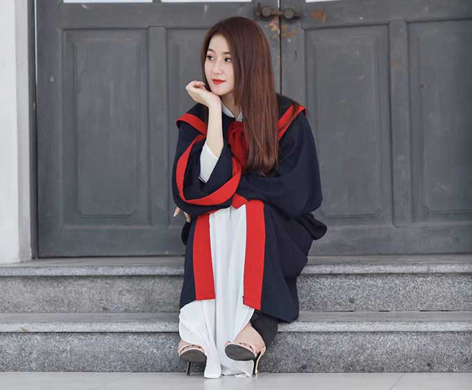 Hương sinh ra ở Hà Nội nhưng hiện làm việc tại TP.HCM