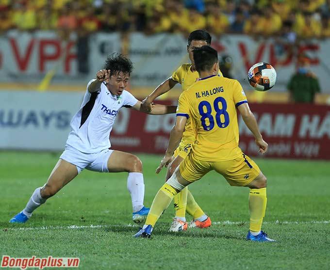 Minh Vương - sát thủ đối với DNH Nam Định có một trận đấu mờ nhạt