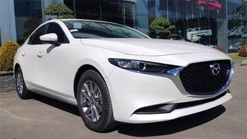 """Mazda 3 2020 đẹp long lanh giảm giá cực """"khủng"""" quyết chiến Kia Cerato, Honda Civic, Hyundai Elantra"""