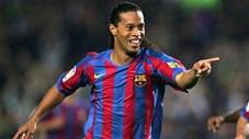Ronaldinho có thể làm bất kỳ điều gì anh muốn với trái bóng